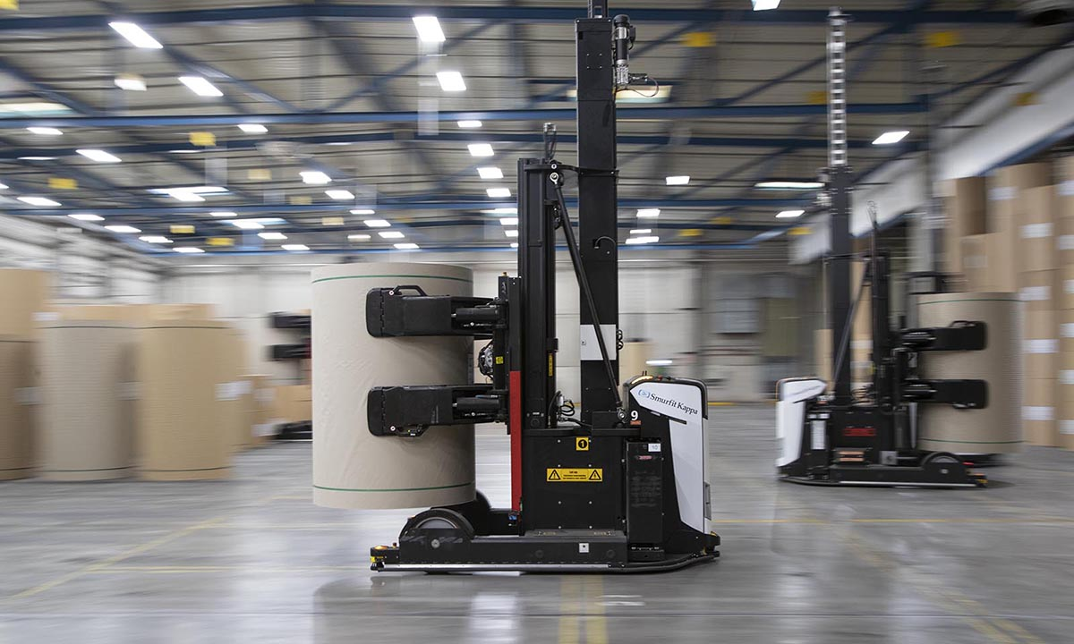 Automated warehouse operations with Rocla AGVs at Smurfit Kappa Parenco